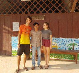 2 Volontäre 2 Wochen im Angkor Kids Center